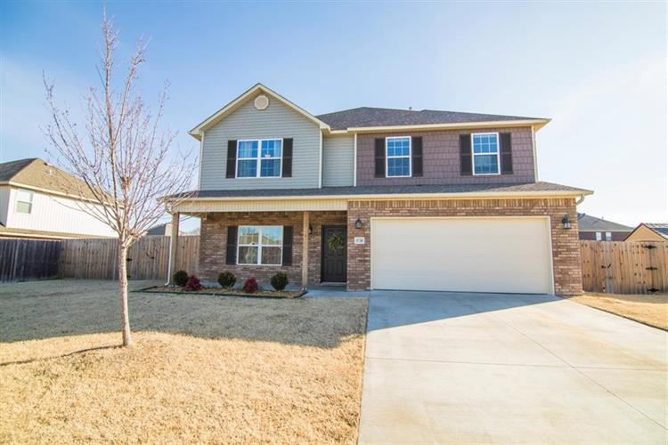 11748  E Creek  LN, Farmington, AR 72730