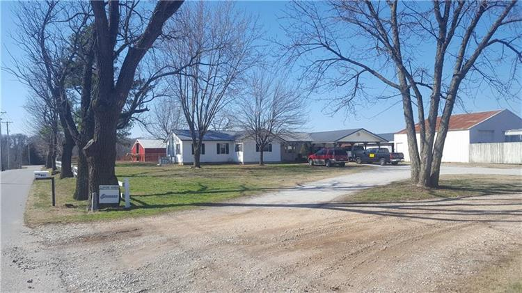 462 Grant  AVE, Decatur, AR 72722