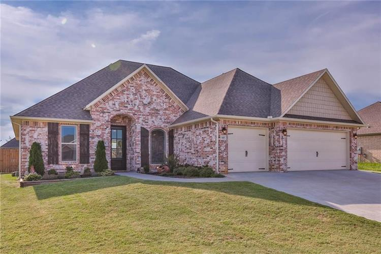 660 Ray  ST, Pea Ridge, AR 72751
