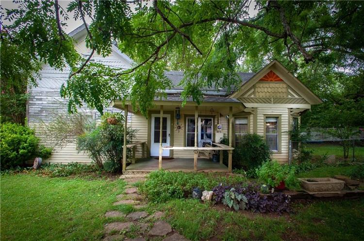 309 McKnight  AVE, West Fork, AR 72774