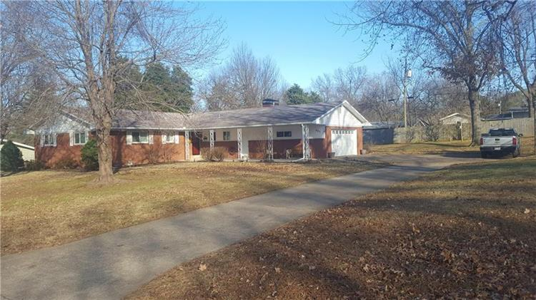 905 S 14th Place, Rogers, AR 72758 - Image 1