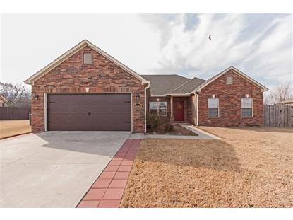 11711 East Creek Lane , Farmington, AR