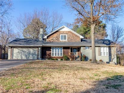 1326 Sunny Hill  DR, Fayetteville, AR