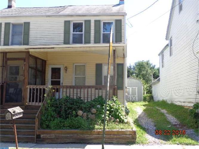 24740 E MAIN ST, Columbus, NJ 08022