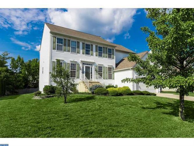 4 DUBLIN CT, Medford, NJ 08055