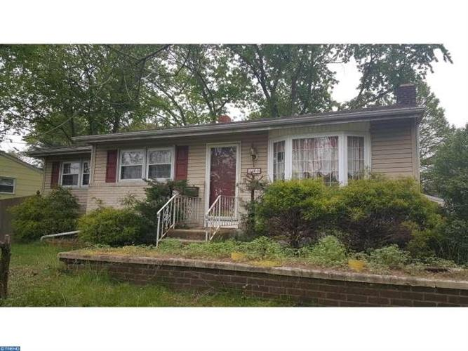 130 GREENTREE RD, Turnersville, NJ 08012