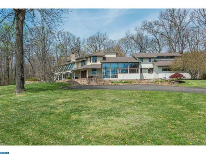 3301 WINDY BUSH RD, New Hope, PA 18938