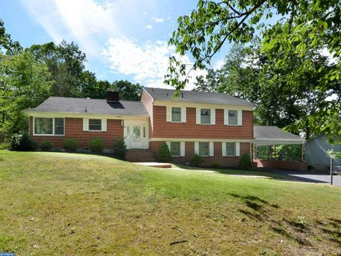 17 ANNE DR, Tabernacle, NJ 08088