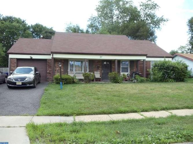 27 GRANBY LN, Willingboro, NJ 08046