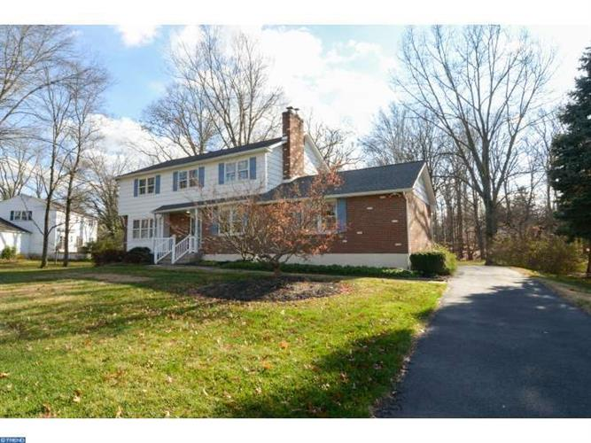 4 PACER LN, Norristown, PA 19401