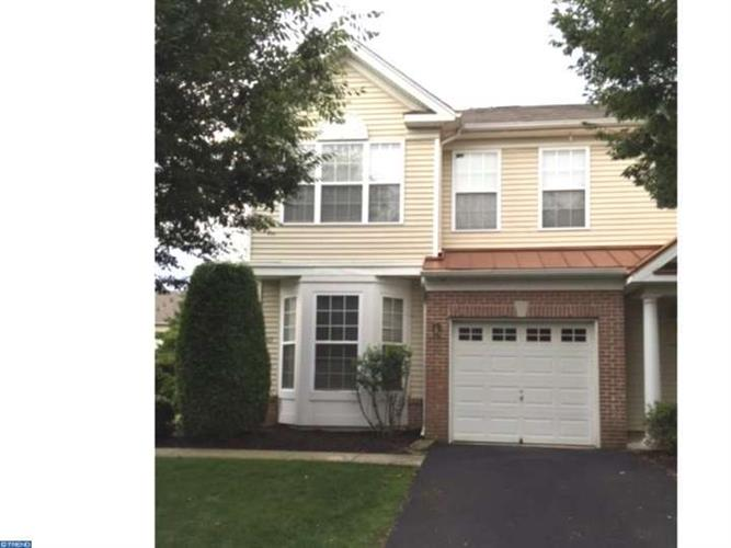 313 LISA WAY, Cinnaminson, NJ 08077