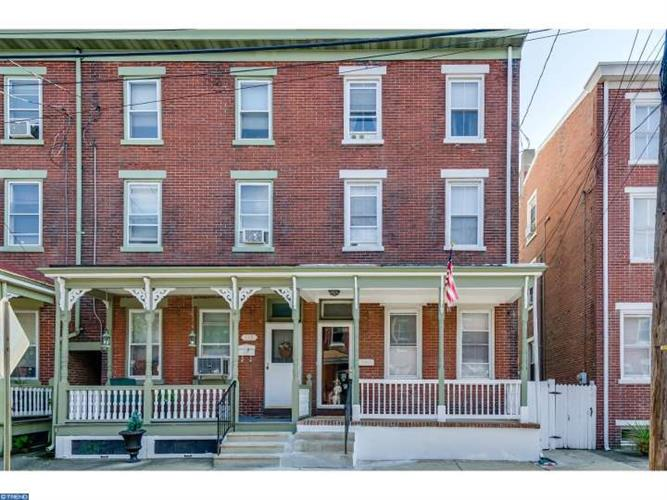 346 BARCLAY ST, Burlington, NJ 08016