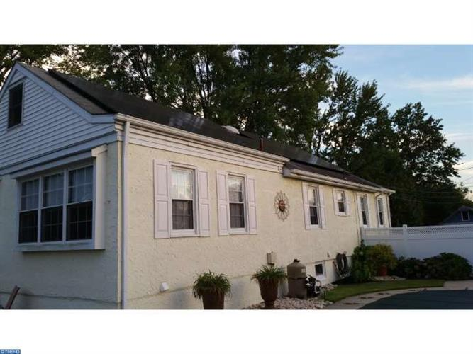 324 LIBERTY AVE, Mount Ephraim, NJ 08059