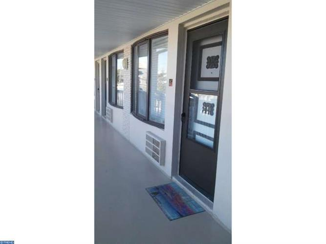 9401-11 PACIFIC AVE #16, Margate, NJ 08402