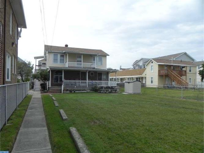 134 E HAND AVE, Wildwood, NJ 08260