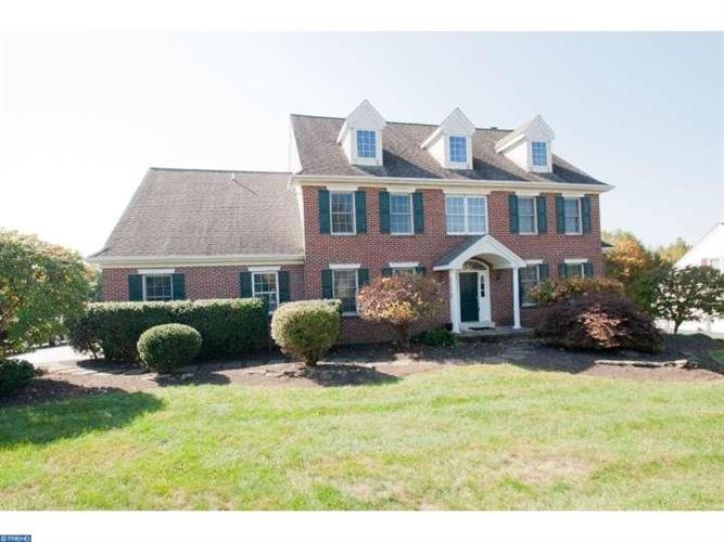 1745 TOWNE DR, West Chester, PA 19380