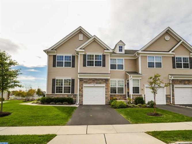 312 ROARKS TRAIL, Warminster, PA 18974