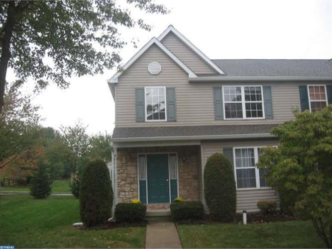 850 DOE CT, Royersford, PA 19468