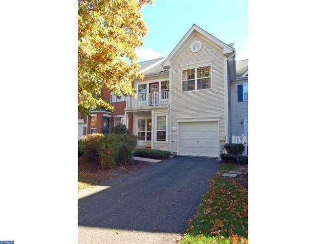4 HOWE CT, Pennington, NJ 08534