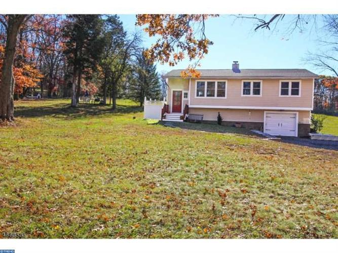 258 KINGWOOD STATION RD, Frenchtown, NJ 08825