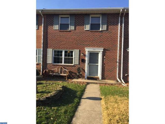 721 JEFFERSON ST, Red Hill, PA 18076