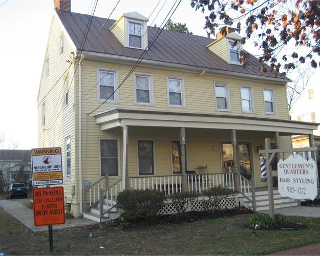 29 E MAIN ST, Marlton, NJ 08053