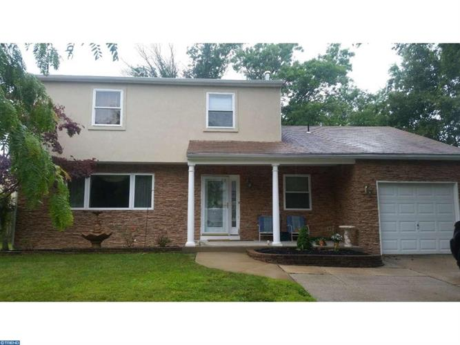 4 MANCHESTER RD, Sewell, NJ 08080