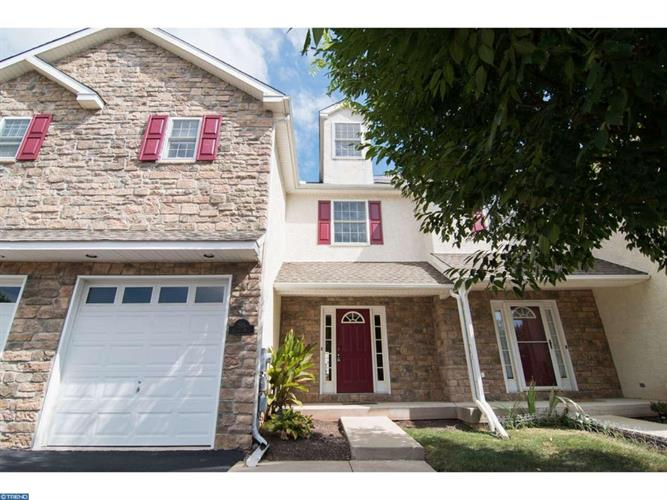 205 BENTLEY DR, Collegeville, PA 19426