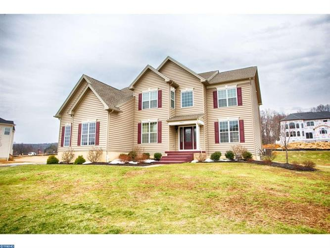1984 RAINLILLY DR, Center Valley, PA 18034