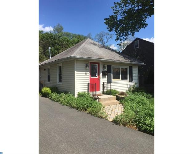 24 GORDON AVE, Lawrenceville, NJ 08648