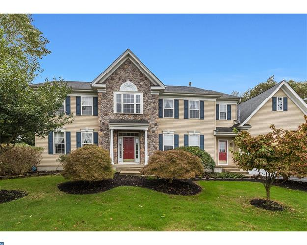 2 SHEFFIELD DR, Moorestown, NJ 08057