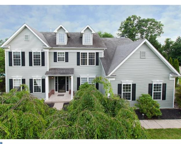 3843 CHARTER CLUB DR, Doylestown, PA 18902
