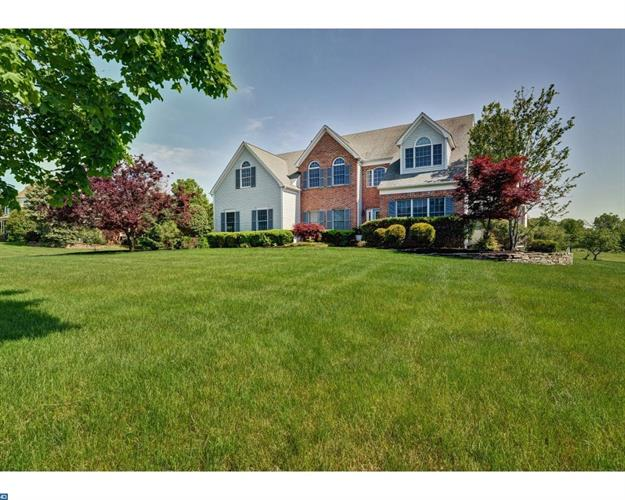 32 GRAYSON DR, Belle Mead, NJ 08502