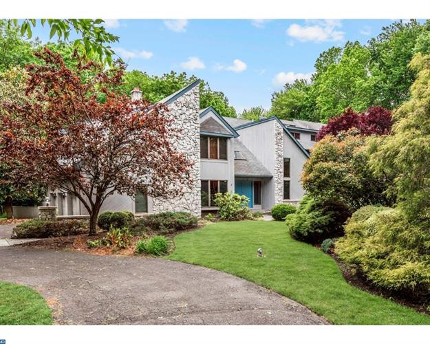 721 GARWOOD RD, Moorestown, NJ 08057