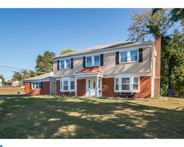 3 WOODHAVEN LN, Willingboro, NJ 08046