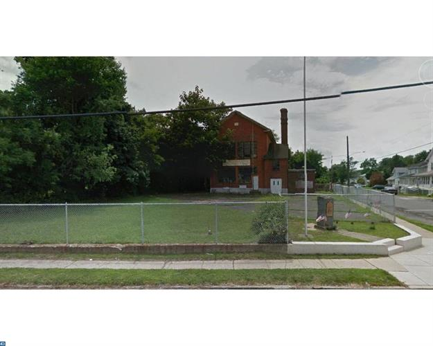 1313 MCCAY AVE, Marcus Hook, PA 19061