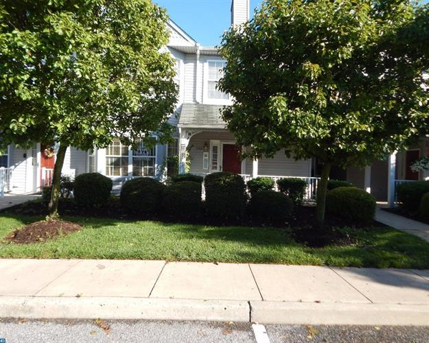 702 SWEETWATER DR, Cinnaminson, NJ 08077
