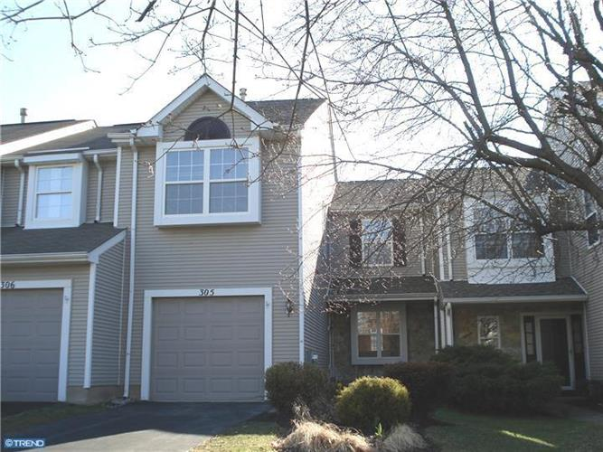 305 SEQUOIA DR, Newtown, PA 18940