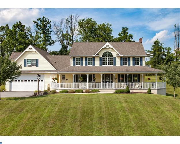 211 FARVIEW RD, Hamburg, PA 19526