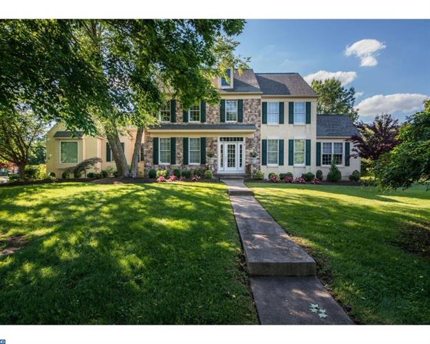 1 WHITE TAIL CT, Moorestown, NJ 08057