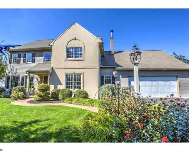 1175 SHEEP HILL RD, New Holland, PA 17557