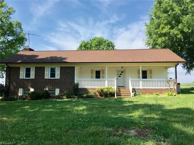 singles in randleman Search 3 homes for rent in randleman, north carolina find randleman single-family homes, apartments, townhouses, condos and much more on rentalsource.
