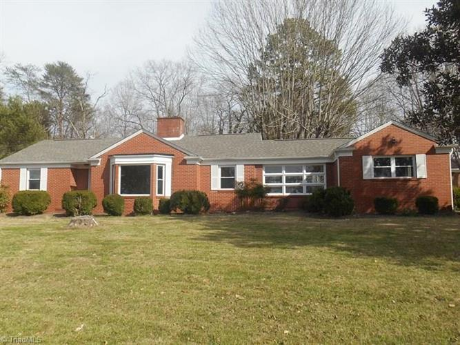 377 Old Highway 601, Mount Airy, NC 27030