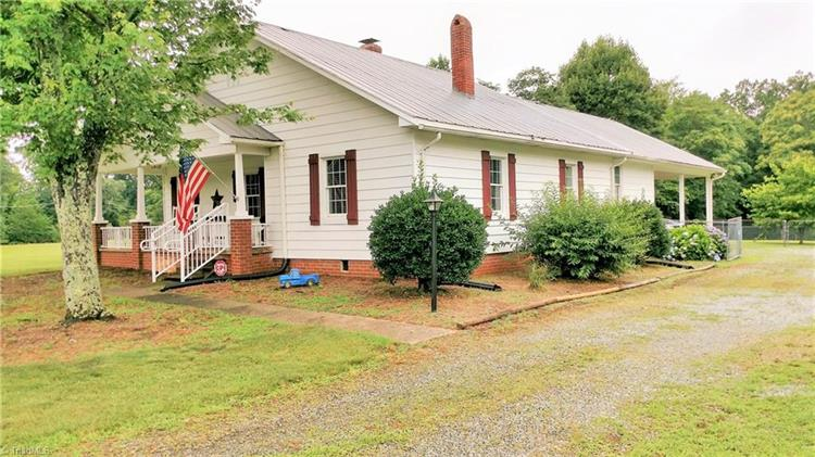 3465 Bowens Road, Tobaccoville, NC 27050