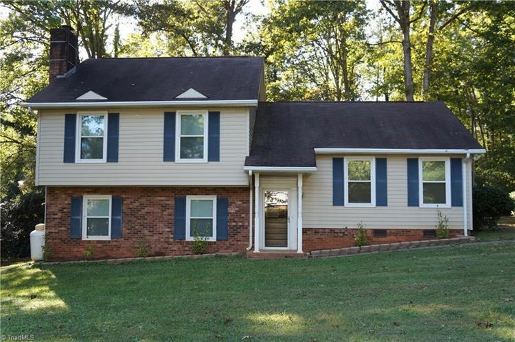 6512 Spanish Oak Drive, Rural Hall, NC 27045