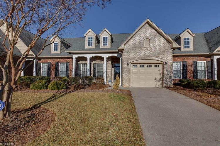 802 Pelican Lane, Clemmons, NC 27012