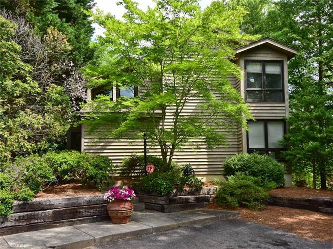 101 Maple Hill Court, Winston Salem, NC 27106