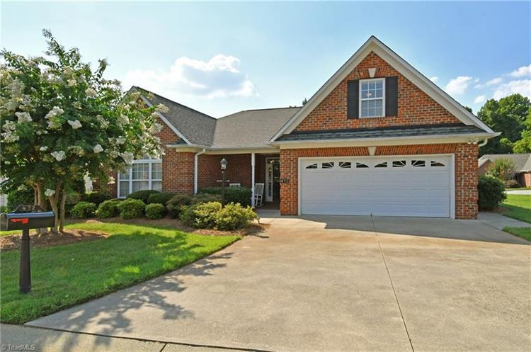 472 Meadows Edge Court, Clemmons, NC 27012