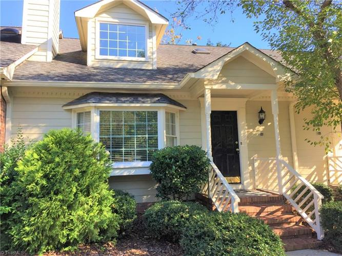 18 Park Village Lane, Greensboro, NC 27455