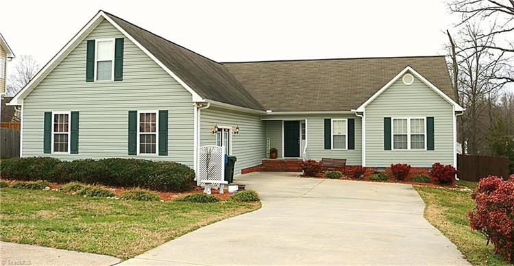 407 Sterling Ridge Drive, Archdale, NC 27263 - Image 1